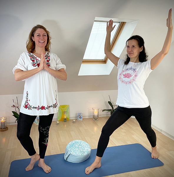Yoga mit Sabrina und Suse